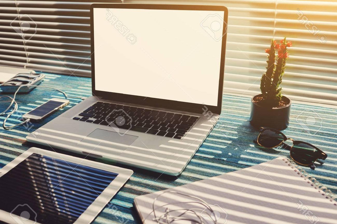 Accesorios Escritorio Zwd9 Escritorio Indepen Nte Con Accesorios Y Herramientas De Trabajo A