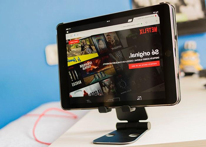 Accesorios Para Tablet T8dj 3 Accesorios Que Necesitas SÃ O SÃ Para Ver Pelis Y Series Desde El