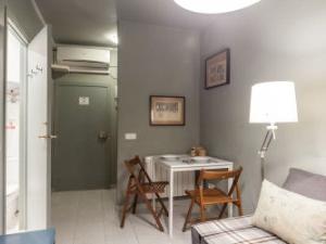 Alquiler Pisos Estudiantes Barcelona Amueblado Zwdg Casas Y Pisos De 2 Habitaciones En Alquiler En Ciutat Vella
