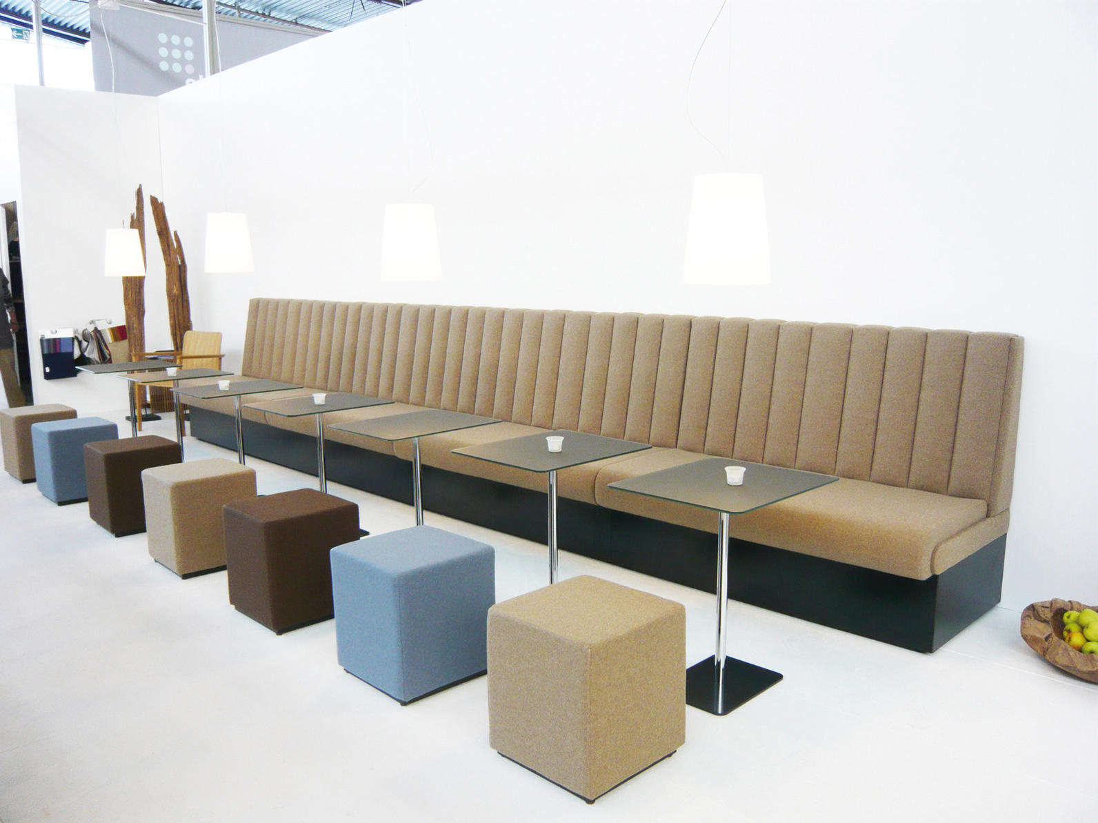 Bench Restaurant Thdr Hiltona Bench sofas From Jankurtz Architonic