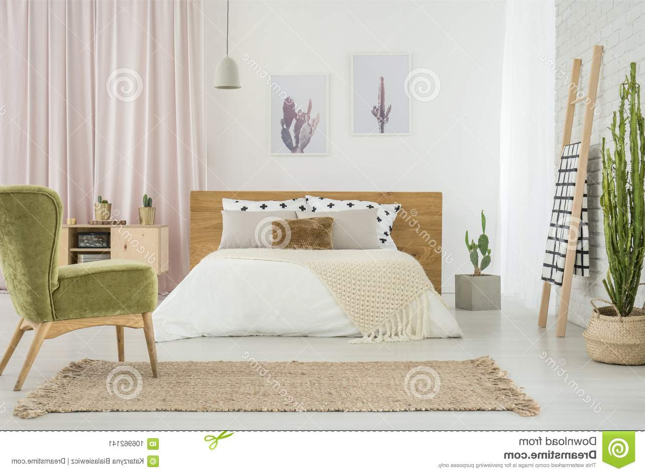 Butaca Dormitorio H9d9 butaca Verde En Dormitorio Acogedor Imagen De Archivo Imagen De