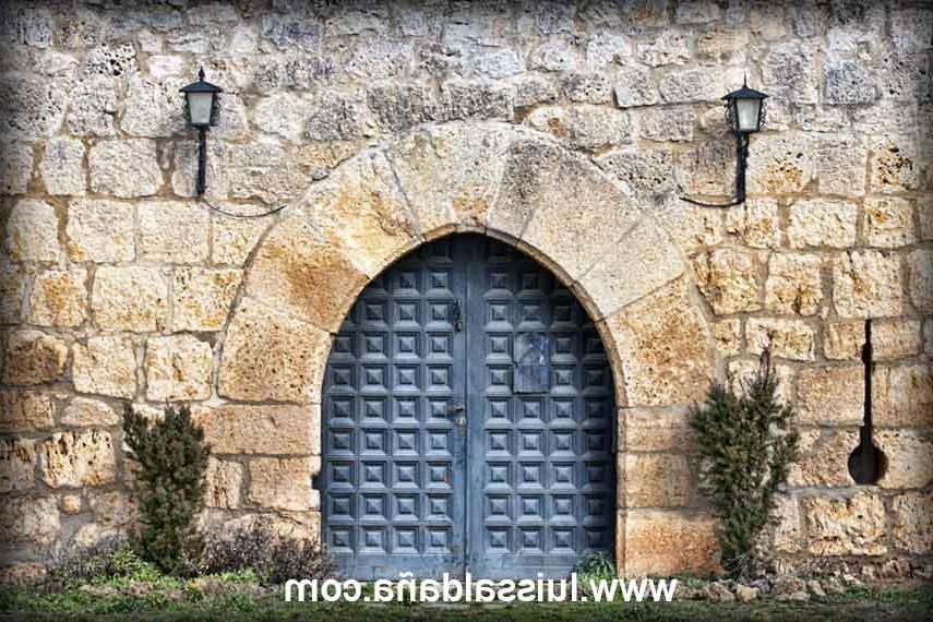 Cabañas Del Castillo 8ydm Luis Saldaà A Puerta De La Muralla Del Castillo torre De Las Cabaà as
