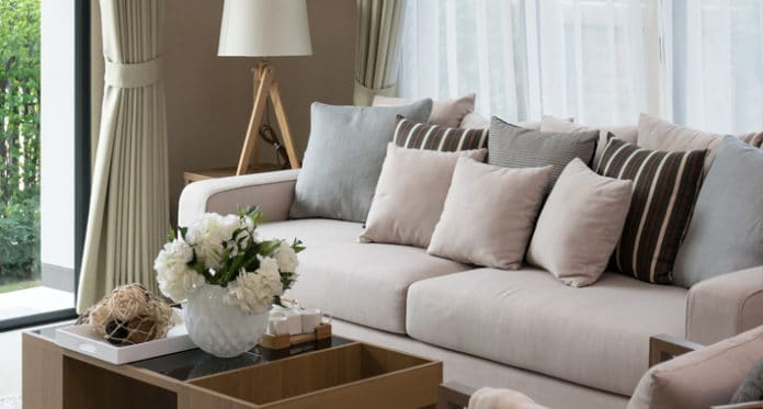 Decorar sofa Con Cojines Xtd6 Cà Mo Decorar El sofà Con Los Cojines Adecuados andar Por Casa