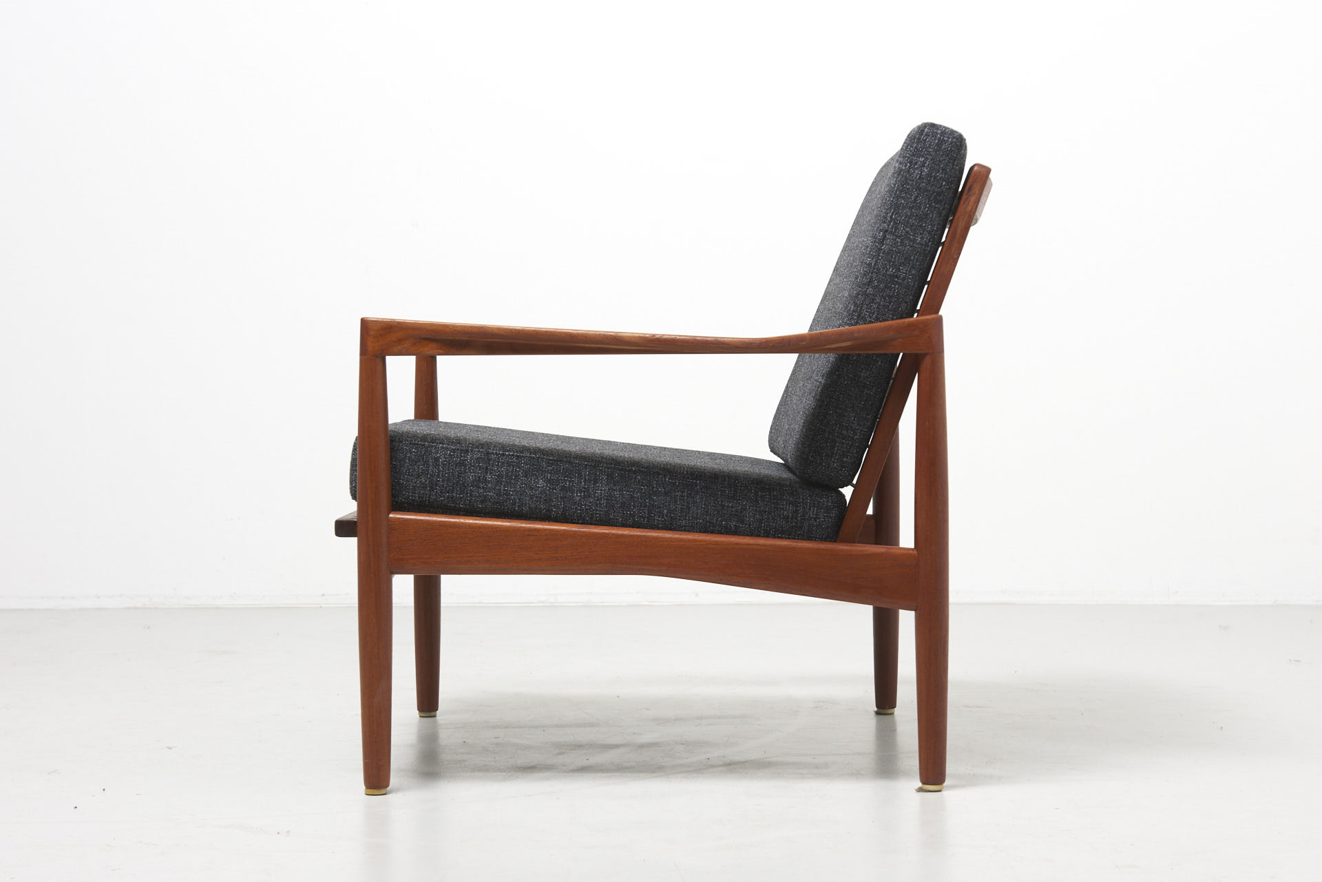 Easychair Q0d4 A Scandinavian Easy Chair In Teak 1960 S Design Modest Furniture