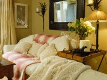 Espejos Encima Del sofa Etdg Espejo Grande Encima De sofà Con Crema Rosa Blanco Ocre Throw En