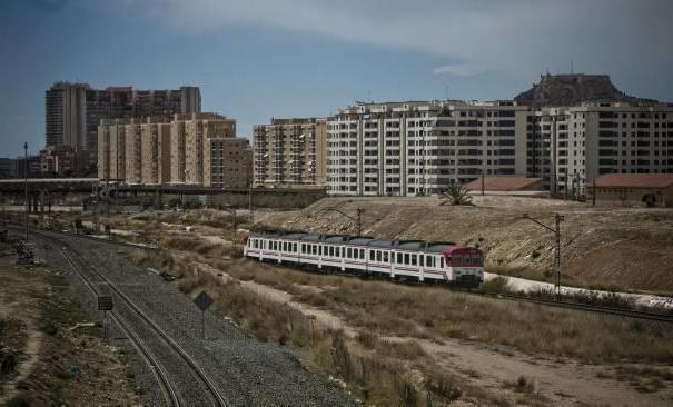 Horario Trenes Vigo Coruña Kvdd Renfe Recupera La Là Nea De Cercanà as Entre Alicante Y Villena Con 10