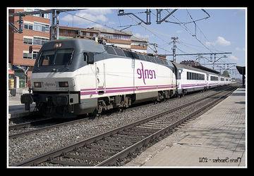 Horario Trenes Vigo Coruña Zwd9 Estacià N De Palencia Ferropedia