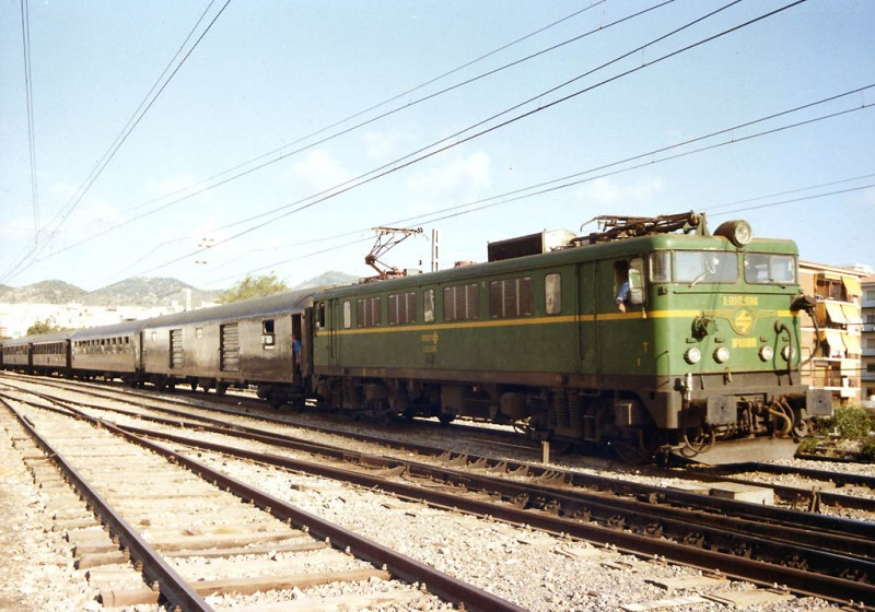 Horario Trenes Vigo Coruña Zwdg Trenes Nocturnos Gallegos V Estrella Galicia