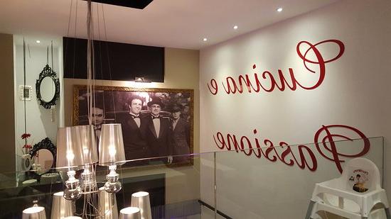 La Mesa Malaga Txdf Ta Img Large Picture Of La Mafia Se Sienta A
