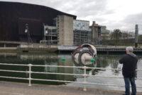 La Vajilla Bilbao Wddj DÃ A Mundial Del Agua 2017 Vajilla Sucia Gigante En La RÃ A De Bilbao