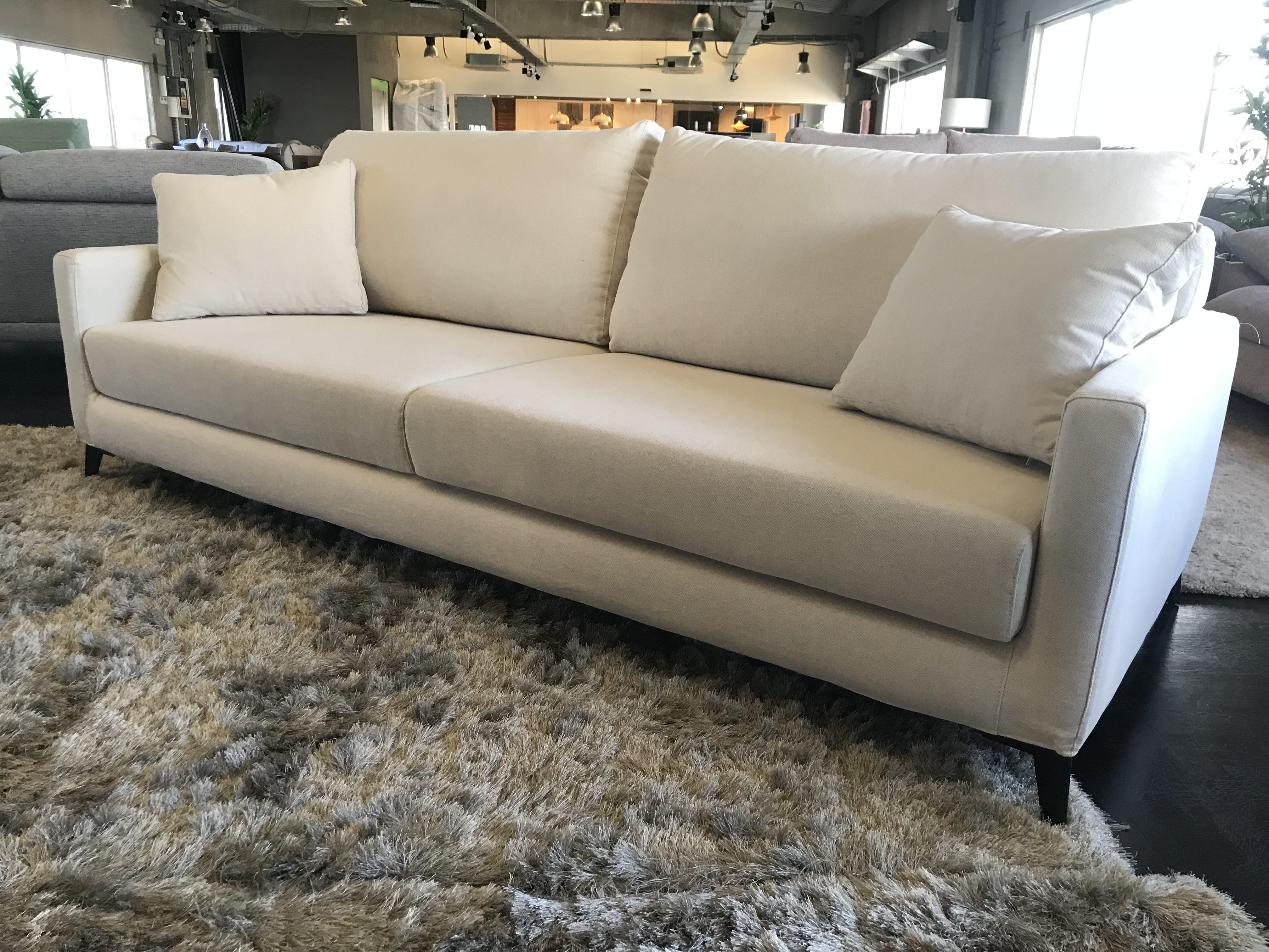 Sofas baratos online outlet baci living room for Outlet de muebles online