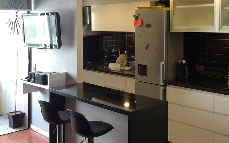 Mesa Cocina Pequeña 8ydm Roomlab Cocina Americana En Blanco Y Negro Diseà Ada Por Pichara