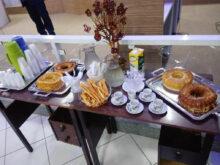 Mesa De Cafe Txdf Mesa De Cafà Da Tarde Servida No evento Cà Mara Municipal De Alà M