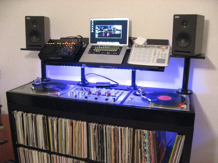 Mesa Dj Ikea E6d5 Benches and Storage Posted In Equipment Audio Production Have