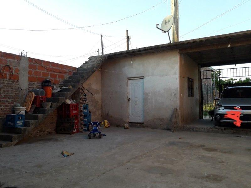 Mesa Pequeña Extensible Whdr Monitores La Plata Vendo Pc Pleta