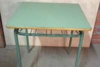 Mesas De Colegio 4pde 40 Mesas Colegio Verde De Segunda Mano Por 20 En Sabadell En Wallapop