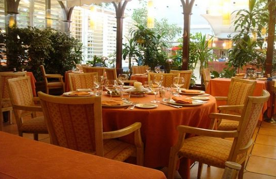 Mesas De Restaurante Rldj Mesas Para Restaurantes Fotos Presupuesto E Imagenes