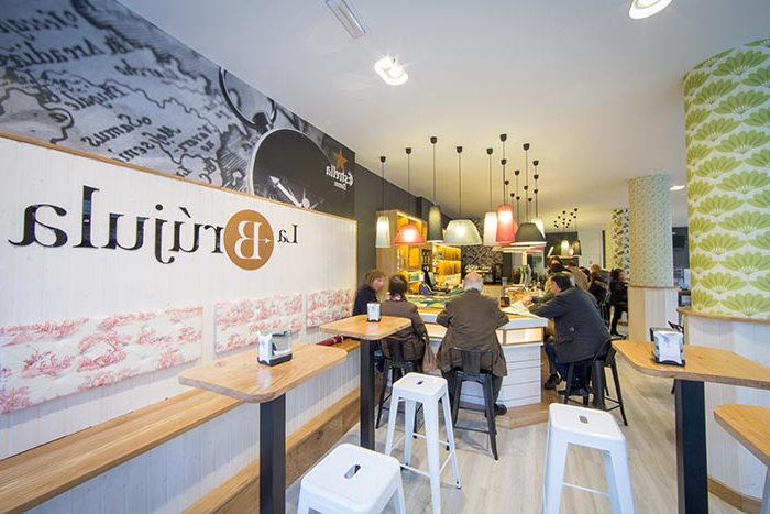 Mobiliario Cafeteria Tqd3 Proyecto De Interiorismo Para Hostelerà A Del Bar La Brújula