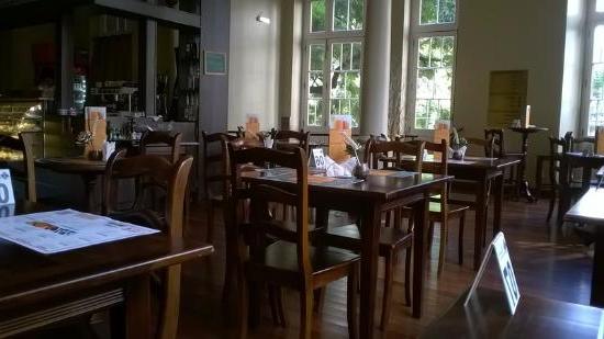 Mobiliario Cafeteria Y7du Foto De Cinemateca Capità Lio Porto Alegre Cafeteria Capità Lio
