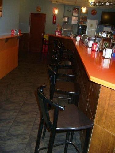 Mobiliario De Bar Nkde Se Vende Mobiliario De Bar Por Cierre De Negocio En Buenas Condiciones