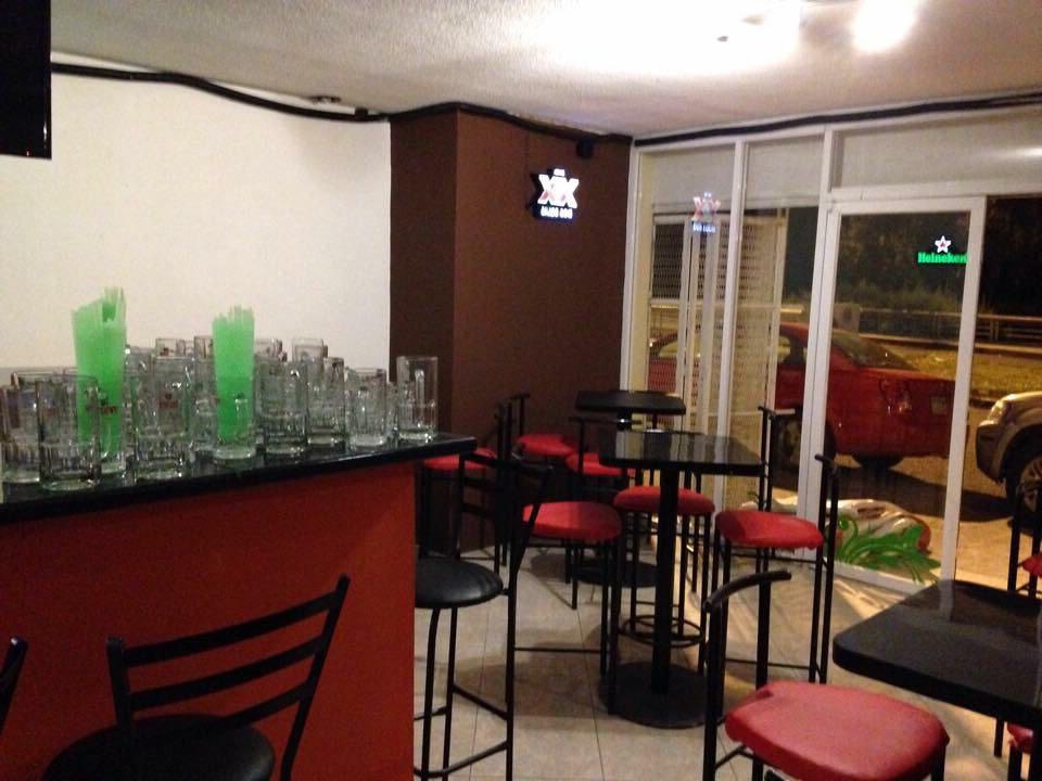 Mobiliario Para Bar Wddj Mobiliario Para Bar O Restaurante 1 000 00 En Mercado Libre