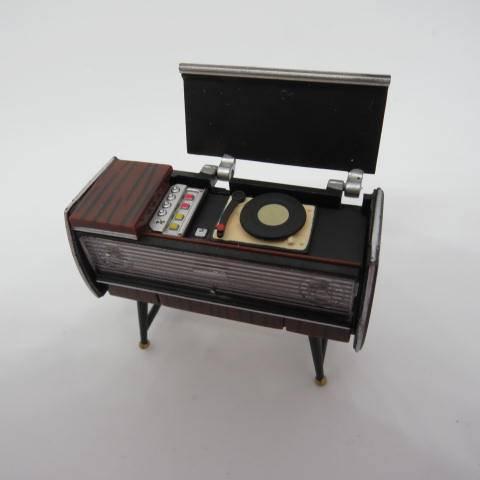 Mueble tocadiscos Ipdd Mueble tocadiscos 1 16