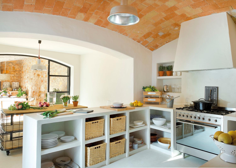 Muebles De Cocina De Obra Budm 20 Cocinas Rústicas Bonitas Con Muebles Vintage Y Mucho Encanto