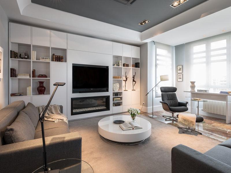 Muebles De Salon Con Chimenea Integrada Ffdn Un à Tico Minimalista Y Luminoso Nuevo Estilo