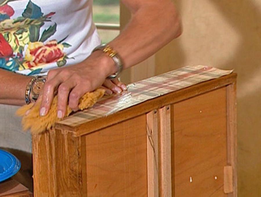 Muebles En La Pared Fmdf CÃ Mo forrar Muebles Con Papel De Pared Bricolaje