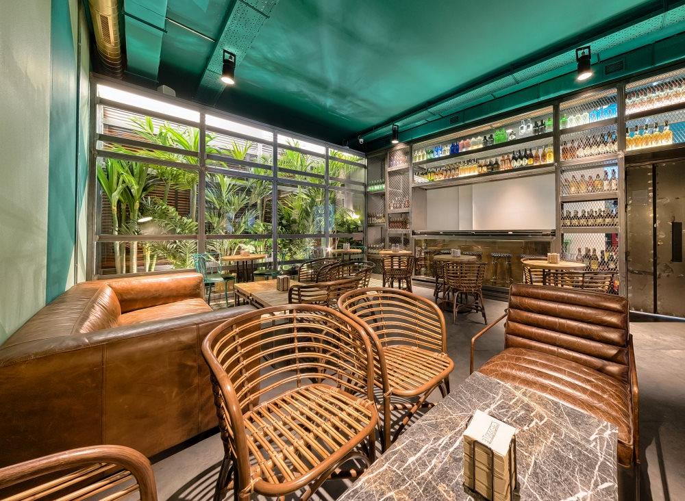 Muebles Vintage Sevilla Ffdn Decoracion Vintage Proyectos Gigante Bar Sevilla 3 Decoracià N