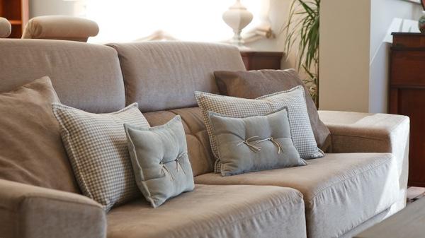 Que Cojines Poner En Un sofa Beige Zwd9 Foto Cojines En El sofà Mayor Confort De Tapidecor