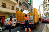 Recogida De Muebles Sevilla Zwd9 Lipasam La Empresa De Limpieza Pública Del Ayuntamiento De Sevilla