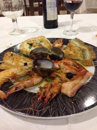 Restaurante Mesa Vitoria Drdp Exquisita Parrillada De Pescado Picture Of Restaurante Mesa