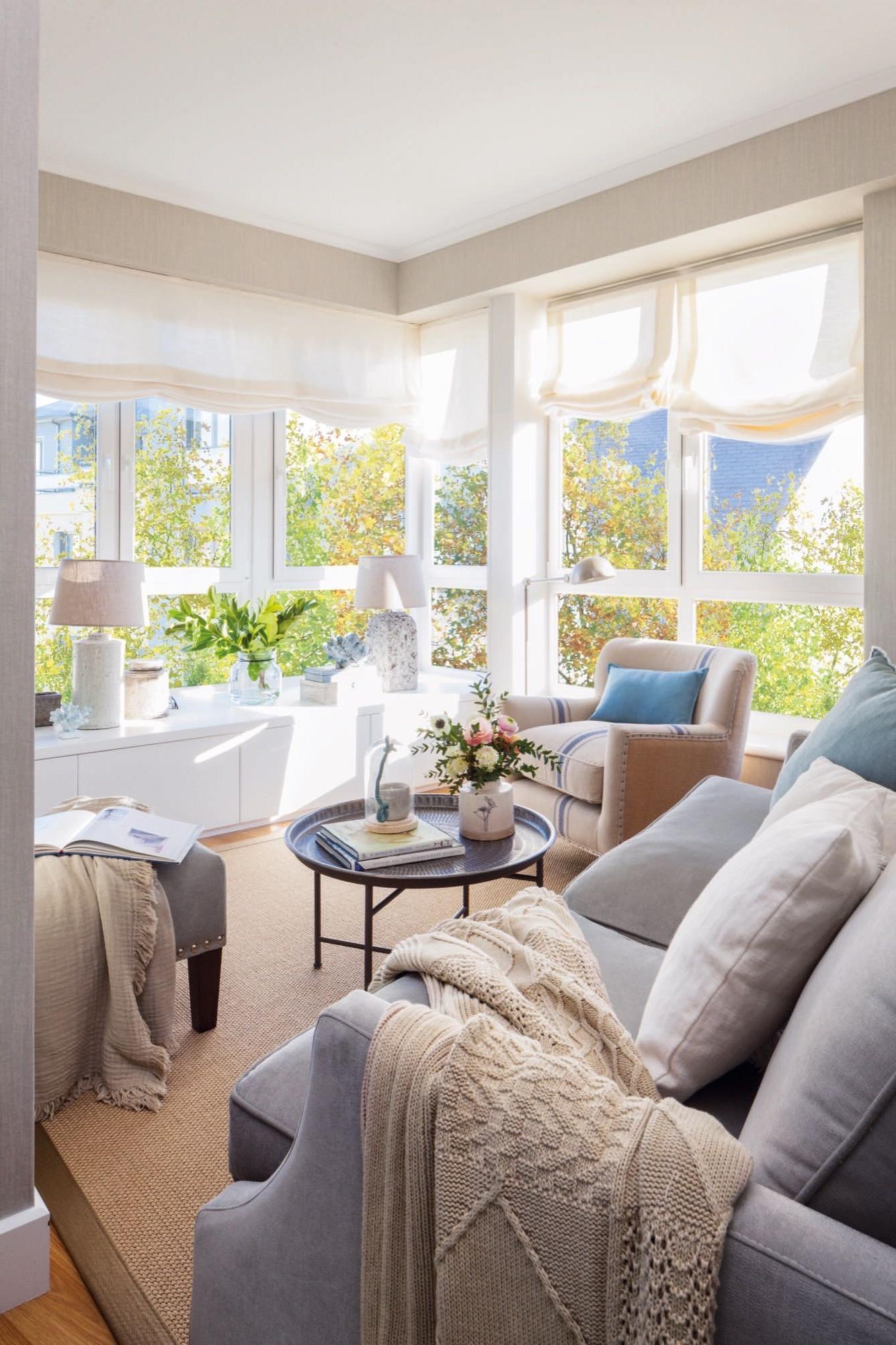 Revista El Mueble Salones 0gdr Un Minisalà N Con Mucha Luz Room Pinterest Living Room Room