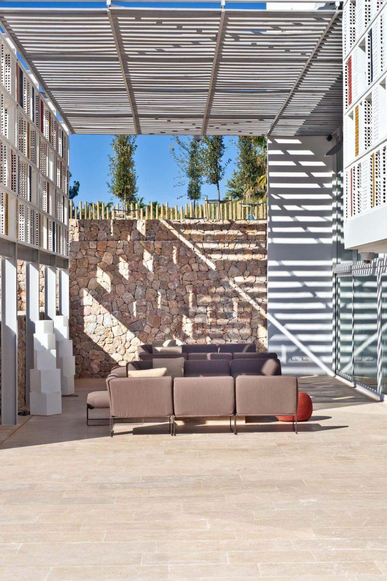 Shiade sofas 87dx Meglio Muebles Shiade Beautiful Boconcept Carmo sofa and Imola Chairs In