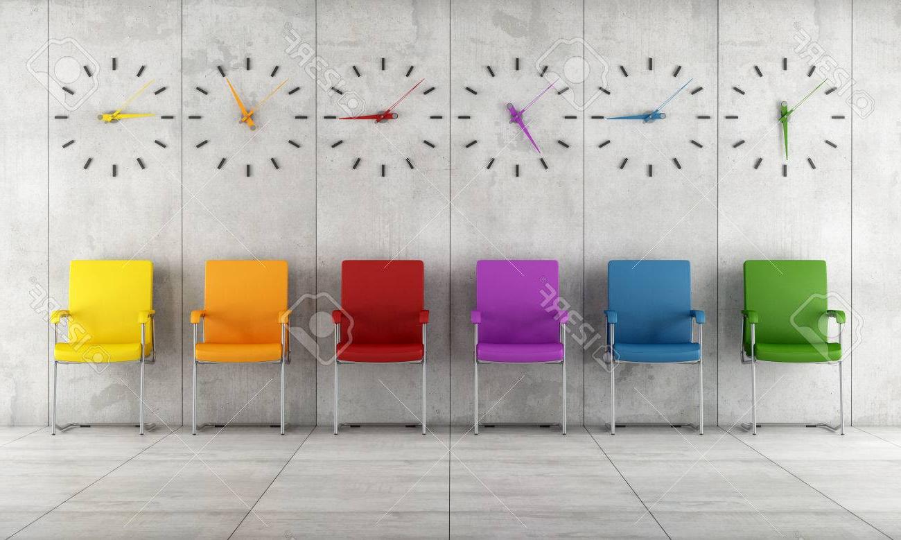 Sillas Colores Rldj Sala De Espera Con Sillas De Colores Y Relojes La Prestacià N