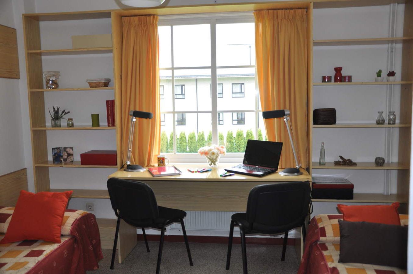 Sofas Coruña 0gdr 24 Rúa Polvorà N A Coruà A Spain 2583 Student Mundial