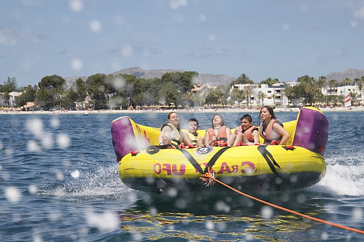 Sofas Mallorca S5d8 Water Sports In Mallorca by Boat Mastercraft In Alcudia for Rent and Have Fun