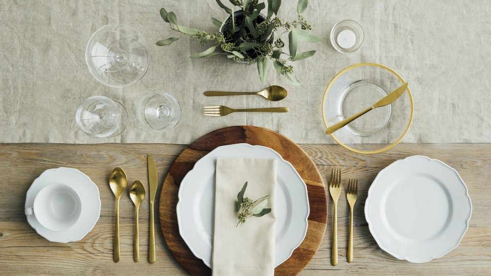 Table Setting Irdz 5 Table Settings Every Host Should Know What S for Dinner