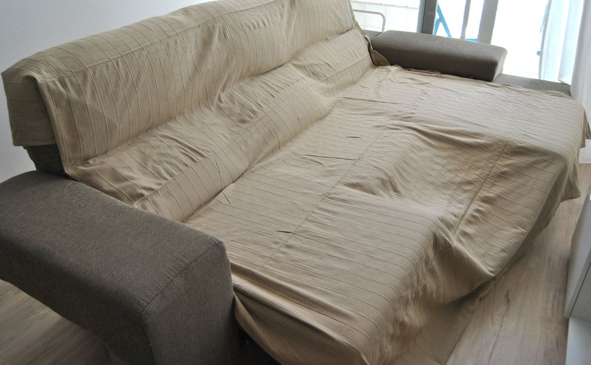 Telas Para Cubrir sofas Ikea H9d9 Cà Mo Hacer Una Funda De sofà Que No Se Cae Con Truco Departam