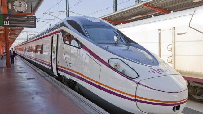 Tren Silla Valencia O2d5 Muere Un Trabajador Del Ave En Silla Valencia Al Recibir Una